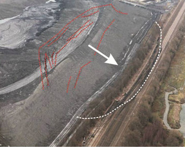12 February 2013: Interpretation of the landslide morphology in its early stages (Photo: © NetworkRail)