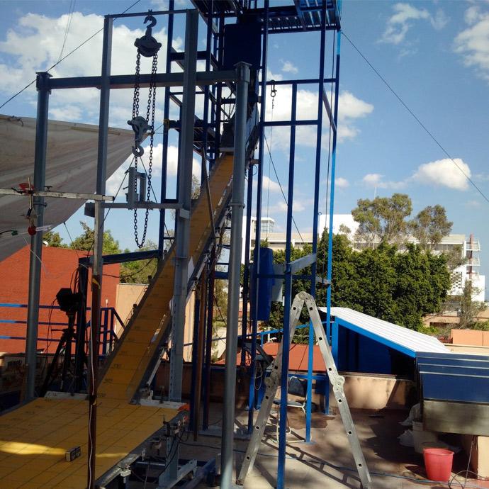 Large-scale chute