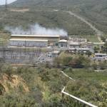 Geothermal_feature_Kenya_powerplant