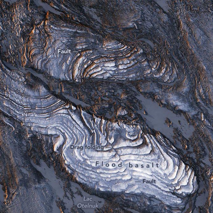 Flood basalt, Labrador Trough