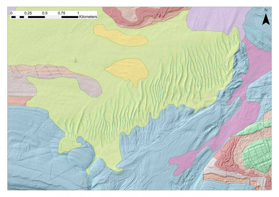 Seafloor geology mapped at 1: 10 000 scale