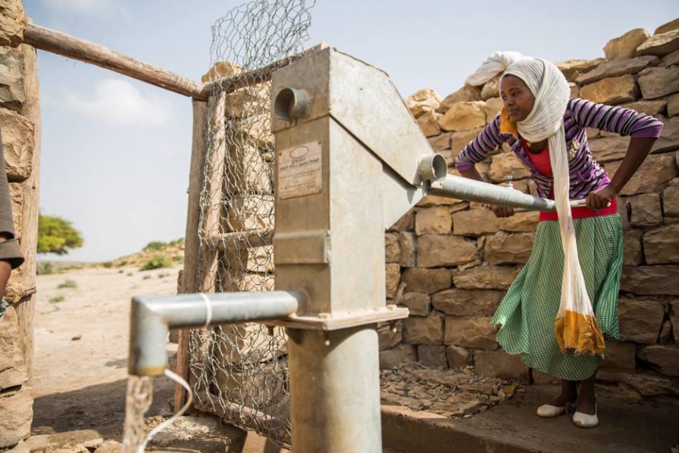 A communal hand pump in Ethiopia - UNICEF Ethiopia